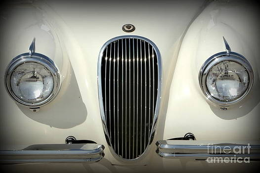 Karyn Robinson - Classic Jaguar Grill