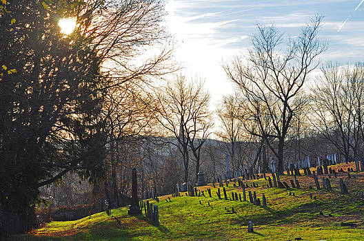 Colonial Cemetery 2 by Peter  McIntosh