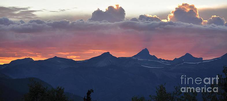 Colorado Sunset by Janina Webb