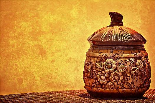 Cookie Cookie Jar Jar by Dmitriy Mirochnik