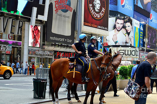 Pravine Chester - Cops in Manhattan