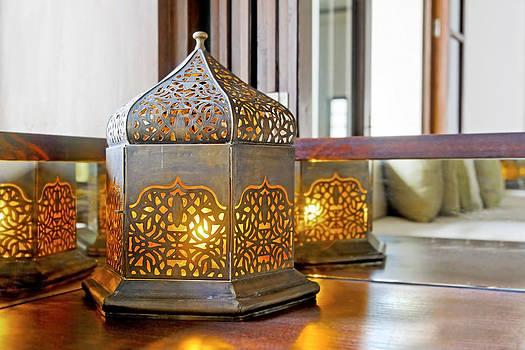 Kantilal Patel - Corner unit incondescent buld lantern lamp