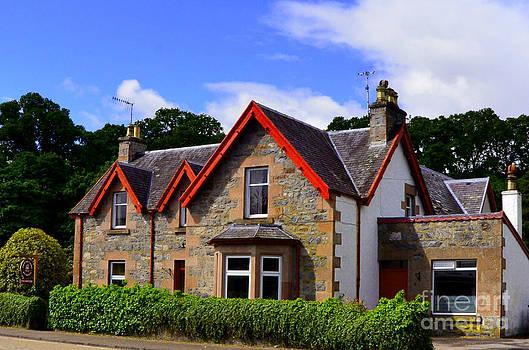 Pravine Chester - Country Home