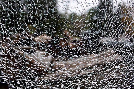 Annie Babineau - cracked
