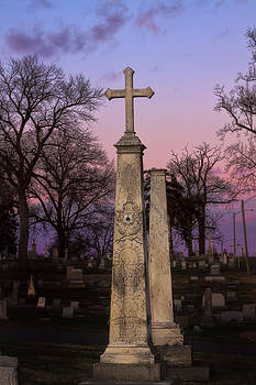Cross to Remember by Barbara Cary