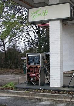 Dead Fuel by Stephen Fury