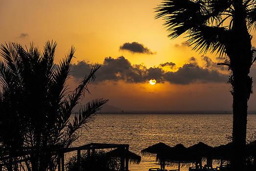 Del alba al ocaso A by Francisco M Jimenez Martinez