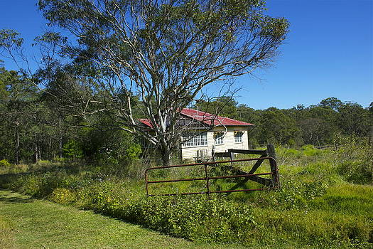 Deserted Australian Farmhouse. by Michael Clarke JP