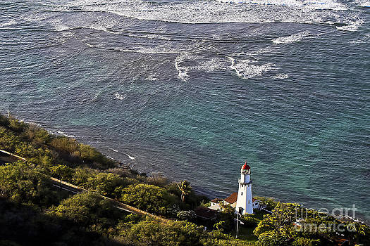 Diamond Head Lighthouse by Mark East