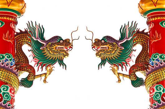 Dragon statue  by Kobchai Sukruean