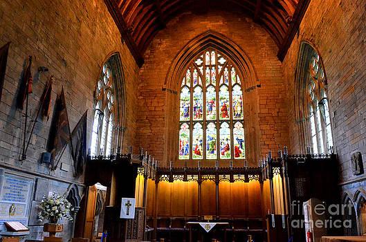 Pravine Chester - Dunkeld Cathedral Altar