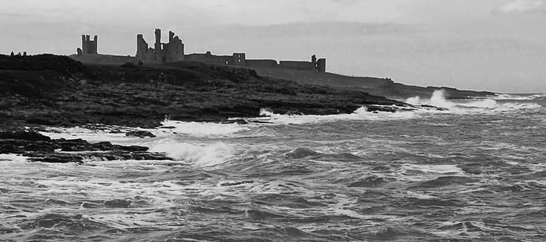 Dunstanburgh Castle by Steve Watson