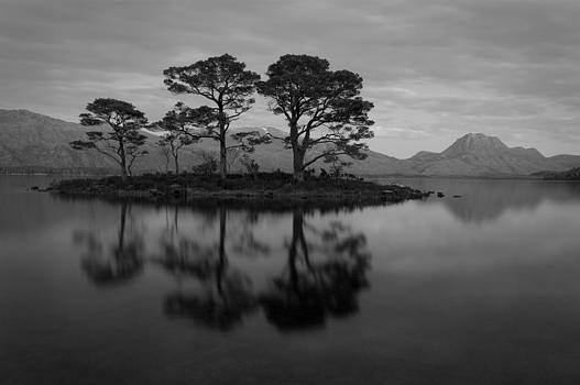 Howard Kennedy - Dusk at Loch Maree