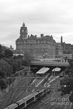 Edinburgh Train Station by James Thomas