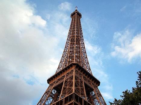 Earl Bowser - Eiffel Quad 001a