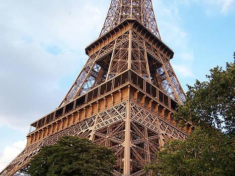 Earl Bowser - Eiffel Quad 001b