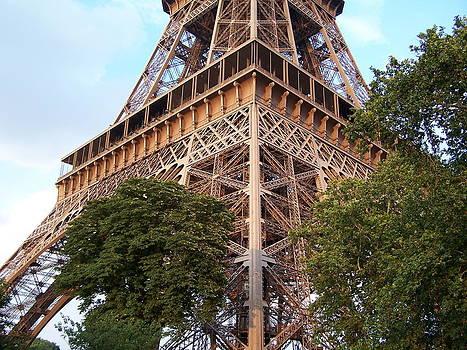 Earl Bowser - Eiffel Quad 001c
