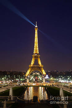 Katka Pruskova - Eiffel Tower