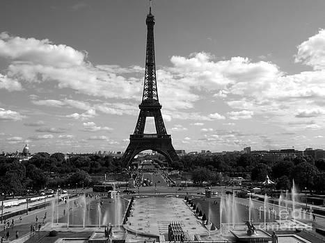 Shawna Gibson - Eiffel tower