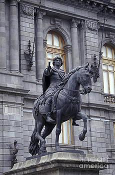 John  Mitchell - EL CABALLITO MONUMENT Mexico City