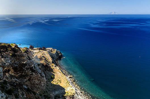 Enrico Pelos - ELBA ISLAND - The mine on the beach and the faraway island - ph Enrico Pelos