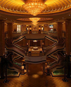 Emirates Palace by Maryam Peiravi