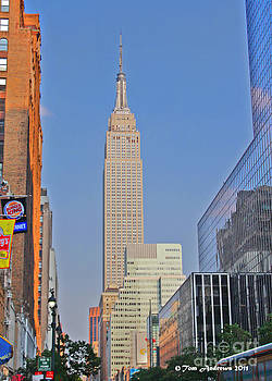 Empire State Building by Tom Andrews