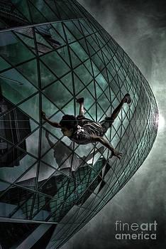 Yhun Suarez - Endless Waltz