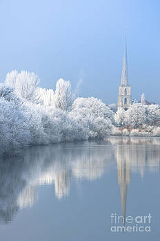 English Winter Scenic by Andrew  Michael