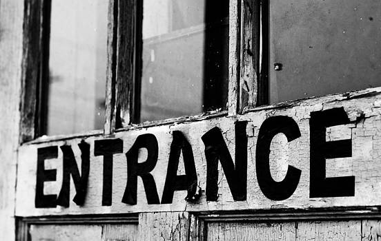 Off The Beaten Path Photography - Andrew Alexander - Entrance