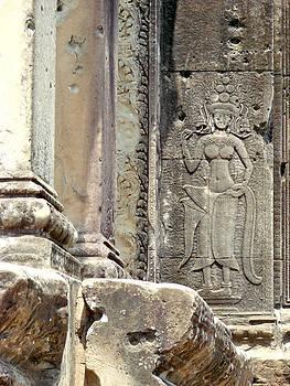 Roy Foos - Entrance Stonework Angkor Wat