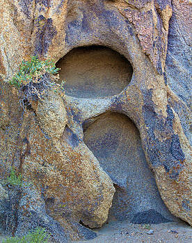 Nathan Mccreery - Erossional Patterns  Alabama Hills