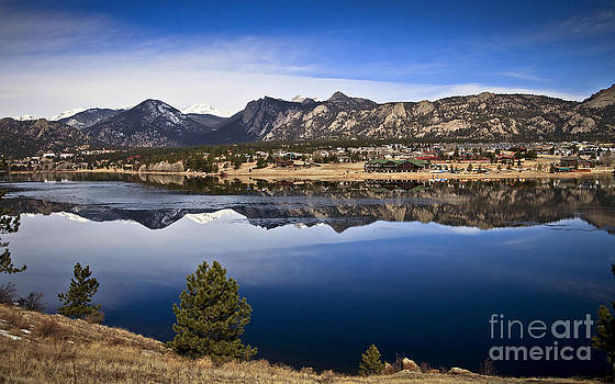 Estes Park Co. by Royce  Gideon