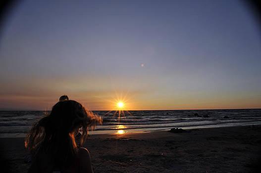 Elaine Mikkelstrup - Evening Beach