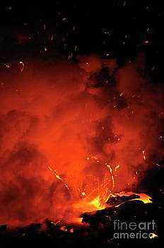 Sami Sarkis - Explosion of molten lava flowing into ocean
