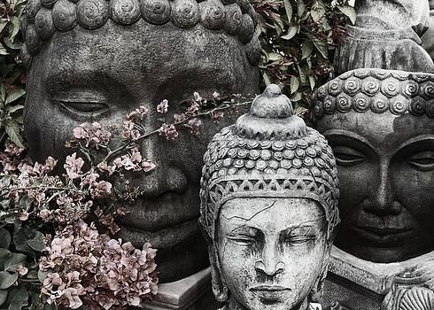 Regina Arnold - Faces of Buddha