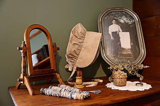 Carmen Del Valle - Farmhouse Dresser
