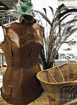 Gwyn Newcombe - Fashionable Flea Market