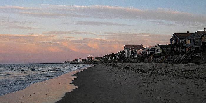 Fieldstone Beach sunset by Malcolm Lorente