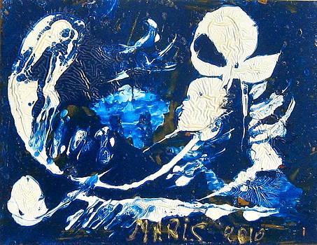 Figure bianche by Mauro Maris