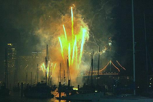 Gai Sin Liem - Firework in Brisbane Bridge