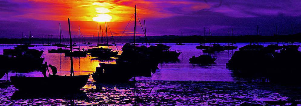 Fishing Boat by Sivakolunthu Loganathan