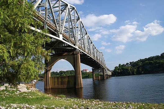 Paul Mashburn - Florence Bridge