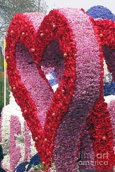 Ausra Huntington nee Paulauskaite - Flower heart