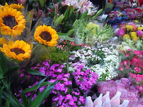 Flower Stall by Lam Lam