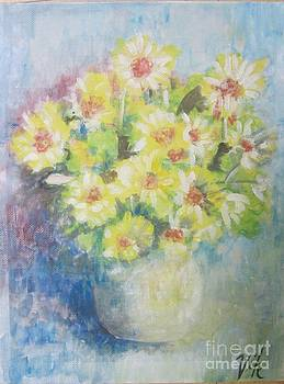 Flowers by Lyn Vic