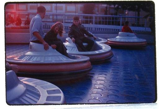 Flying Saucers by Disneyland