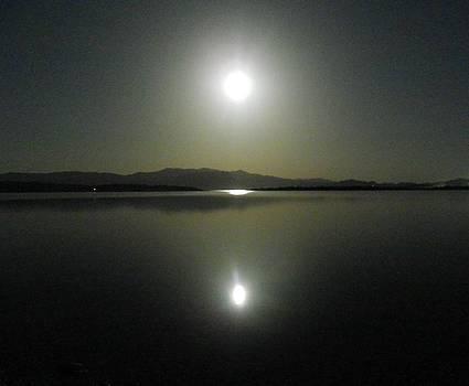 Full Moon Over Lake Mead by Jonathan Barnes