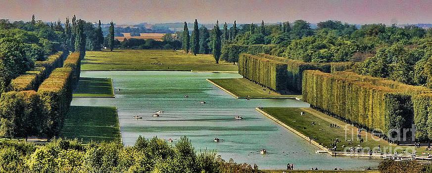 Chuck Kuhn - Garden Versailles I