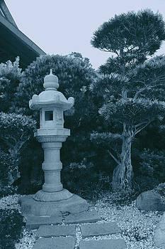Nina Fosdick - Garden with Lantern